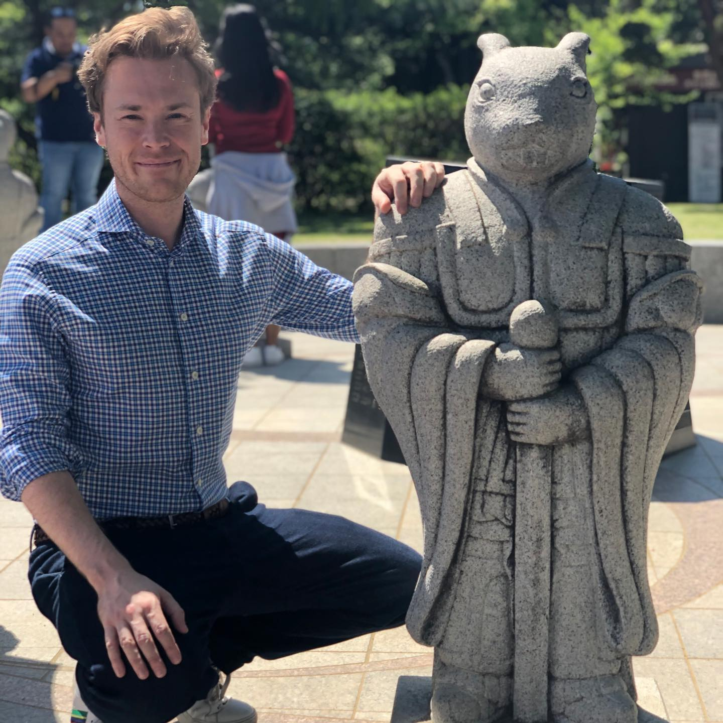 When I visited the Gyeongbokgung Palace in Seoul I saw a rabbit statue from the Korean Zodiac. This was a similar statue, albeit much smaller, to the one I saw at the Sik Sik Yuen temple in HongKong.  Apparently the power of different animals were very important to the rulers of the Joseon Dynasty (1392-1897) which is a defining period for Korean culture and identity. That is why the Gyeongbokgung Palace has a lot of figures of animals.  Each of the animals have their own special personality and symbolic meaning, and what they represent can be largely divided into five categories: the king's authority and dignity, auspicious signs, the law and justice, lucky symbols and protection from evil spirits, and the universe.  As for the Rabbit, he is a lucky symbol signifying long life, peace and well-being, and happiness. The Rabbit is also one out of Twelve Earthly Branches that shows that the universe is a fusion of time and space. Therefore, the rabbit statue next to me on the photo at Geunjeongjeon Hall in Gyeongbokgung Palace is a symbol of the universe.  He might be small, but the symbolism is huge.